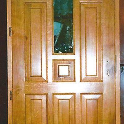 Drewniane drzwi 11