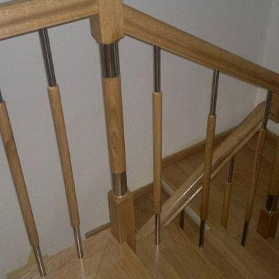 Drewniane schody 89