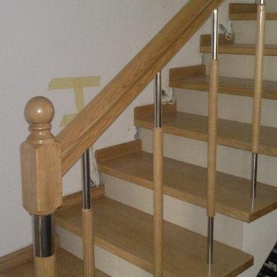 Drewniane schody 88