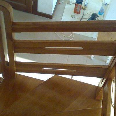 Drewniane schody 80