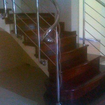 Drewniane schody 78