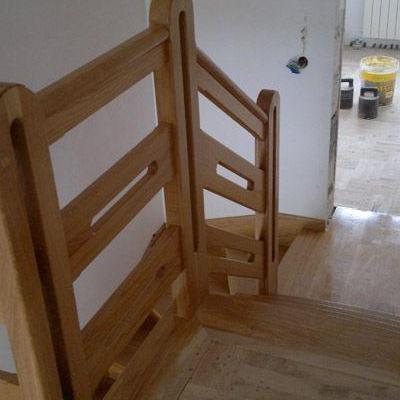 Drewniane schody 56