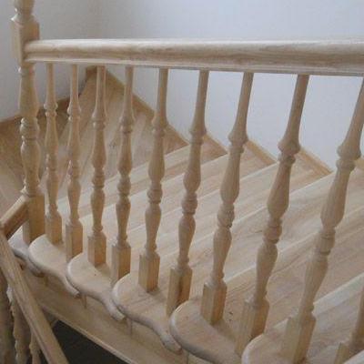 Drewniane schody 42