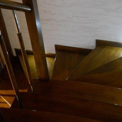 Drewniane schody 36
