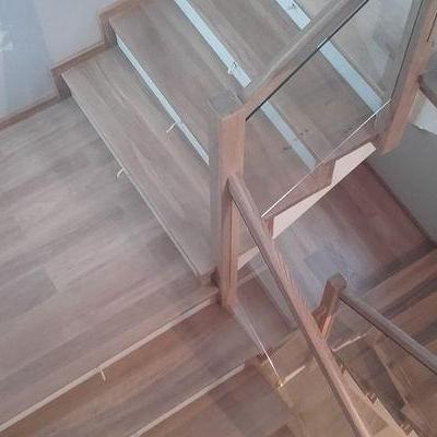 Drewniane schody 25