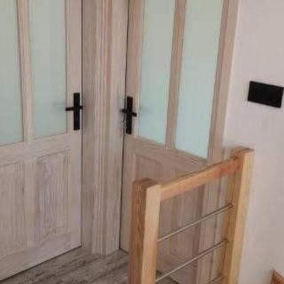 drzwi z drewna sosnowego 01