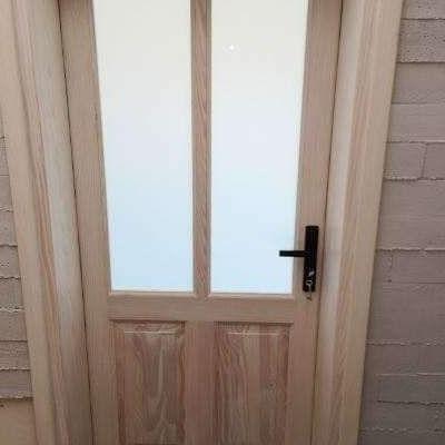 drzwi z drewna sosnowego 03